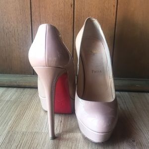 Patent Nude Christian Louboutin Bianca Pumps 39